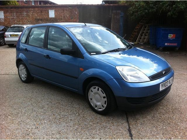 Ford Fiesta 1.4 2003 photo - 3