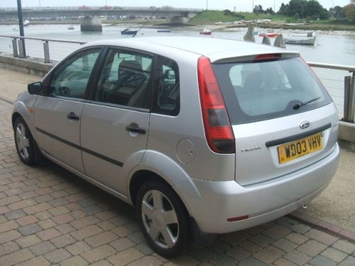 Ford Fiesta 1.4 2003 photo - 6