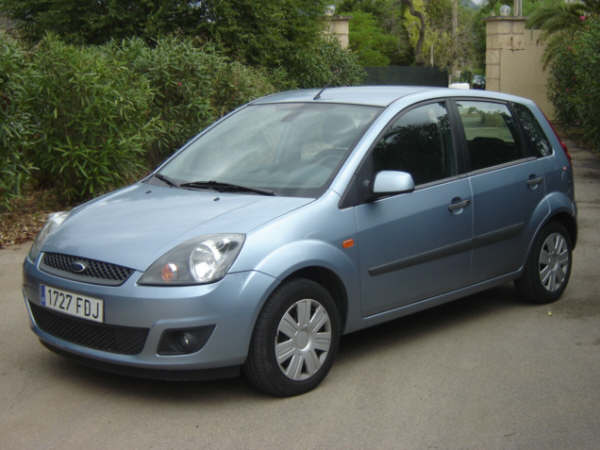 Ford Fiesta 1.4 2006 photo - 2