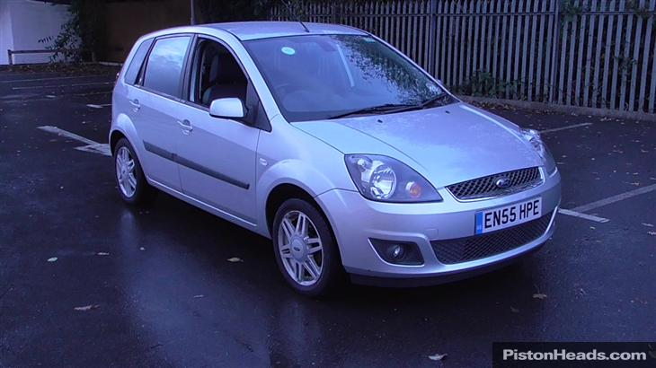 Ford Fiesta 1.4 2006 photo - 6