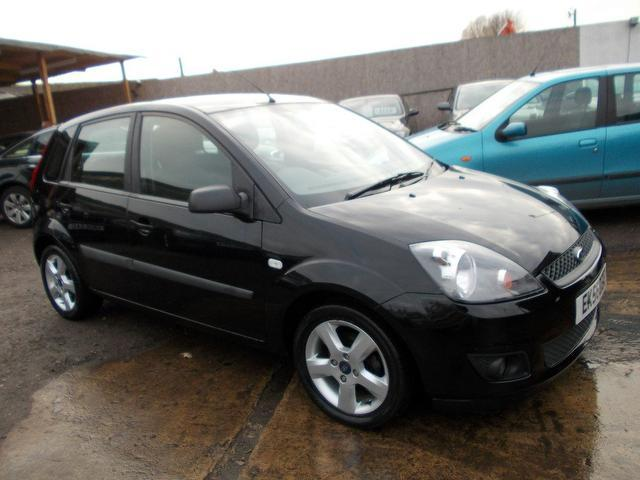 Ford Fiesta 1.4 2006 photo - 8