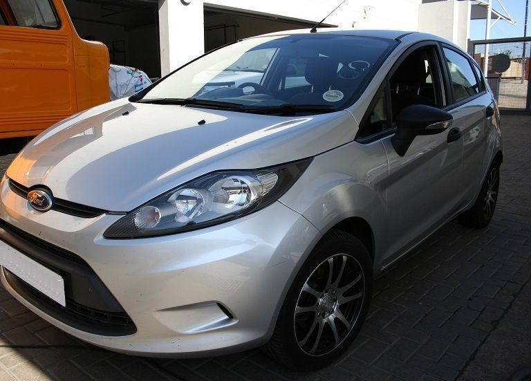 Ford Fiesta 1.4 2010 photo - 11