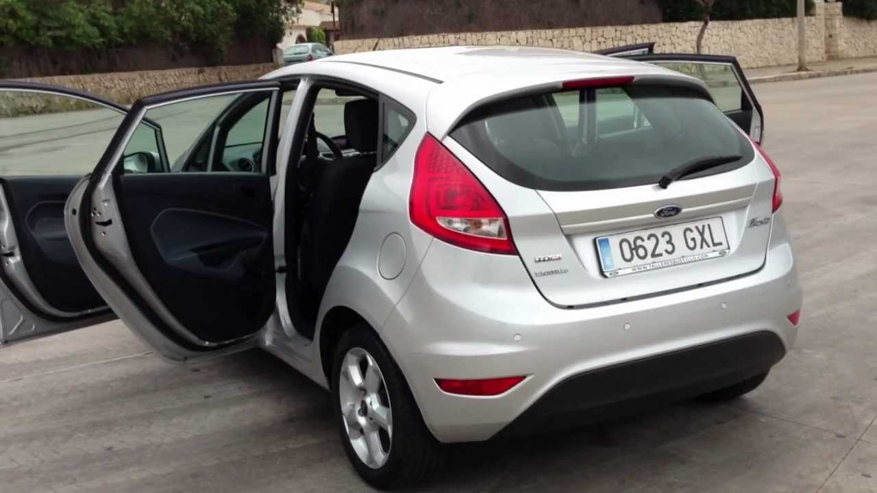 Ford Fiesta 1.4 2010 photo - 2