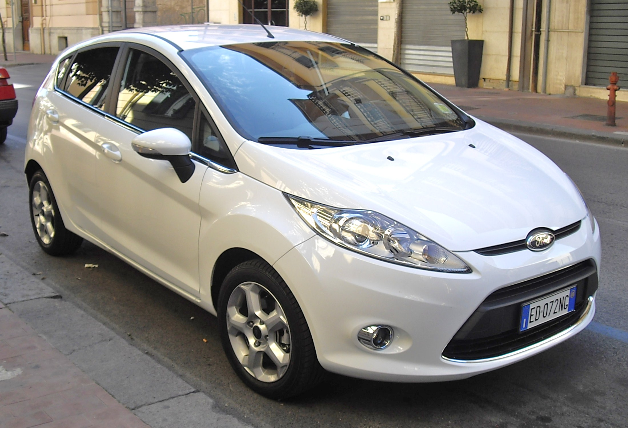 Ford Fiesta 1.4 2010 photo - 6