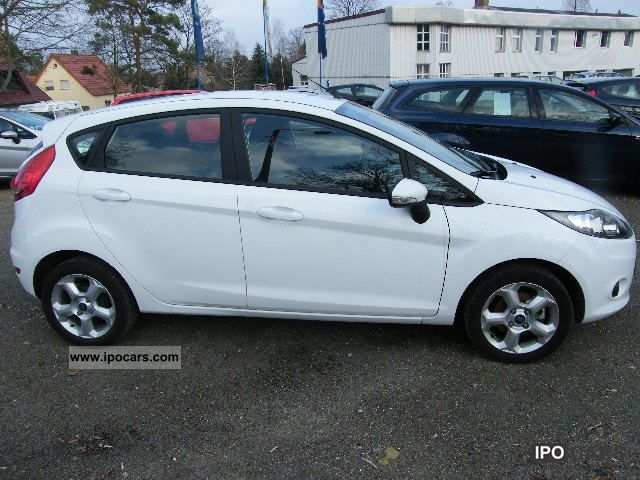 Ford Fiesta 1.4 2011 photo - 1