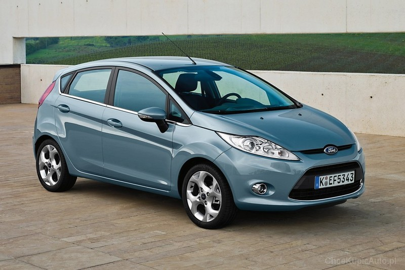 Ford Fiesta 1.4 2011 photo - 11