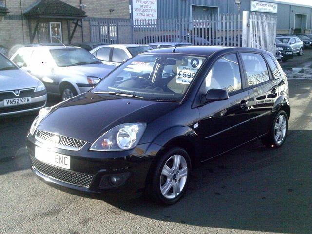 Ford Fiesta 1.4TDCi 2008 photo - 3