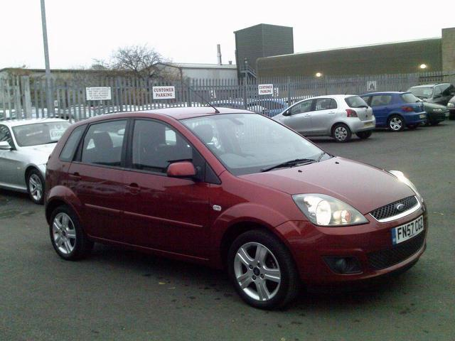 Ford Fiesta 1.4TDCi 2008 photo - 6