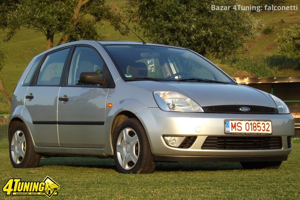 Ford Fiesta 1.4i 1990 photo - 11