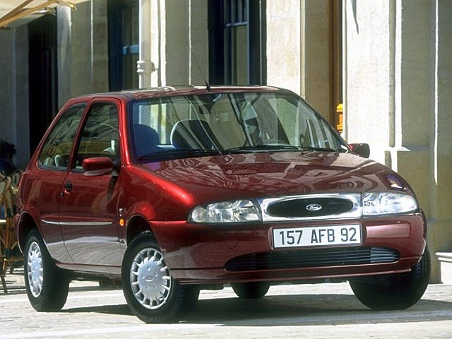 Ford Fiesta 1.4i 1996 photo - 4