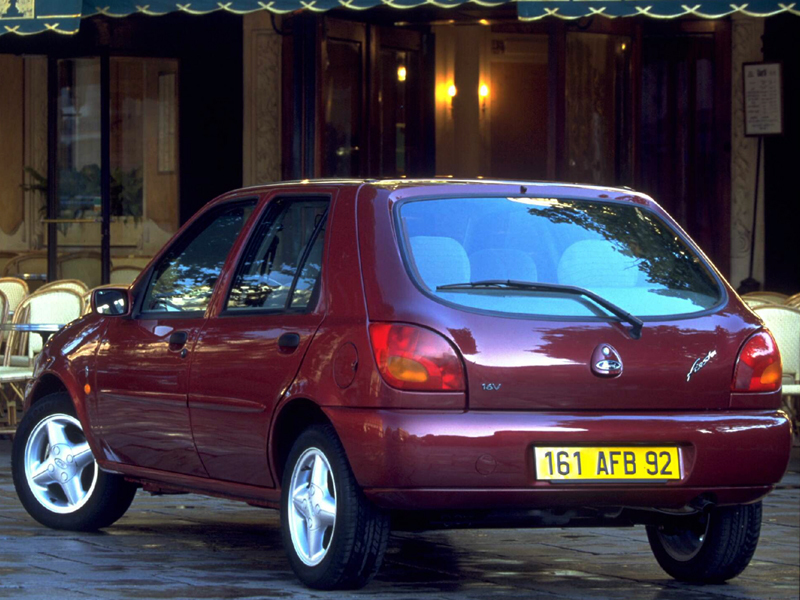 Ford Fiesta 1.4i 1996 photo - 7