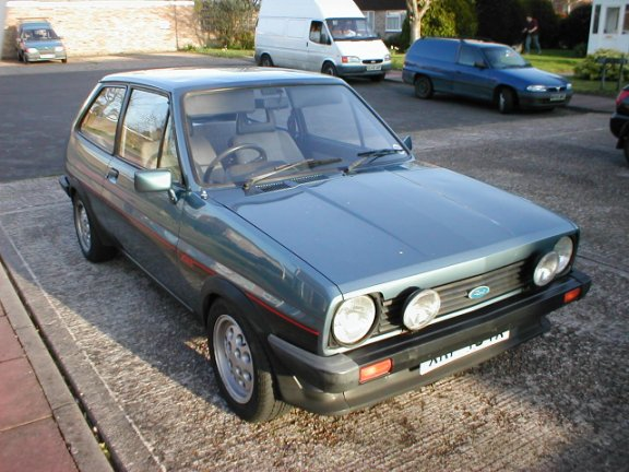 Ford Fiesta 1.5 1985 photo - 7