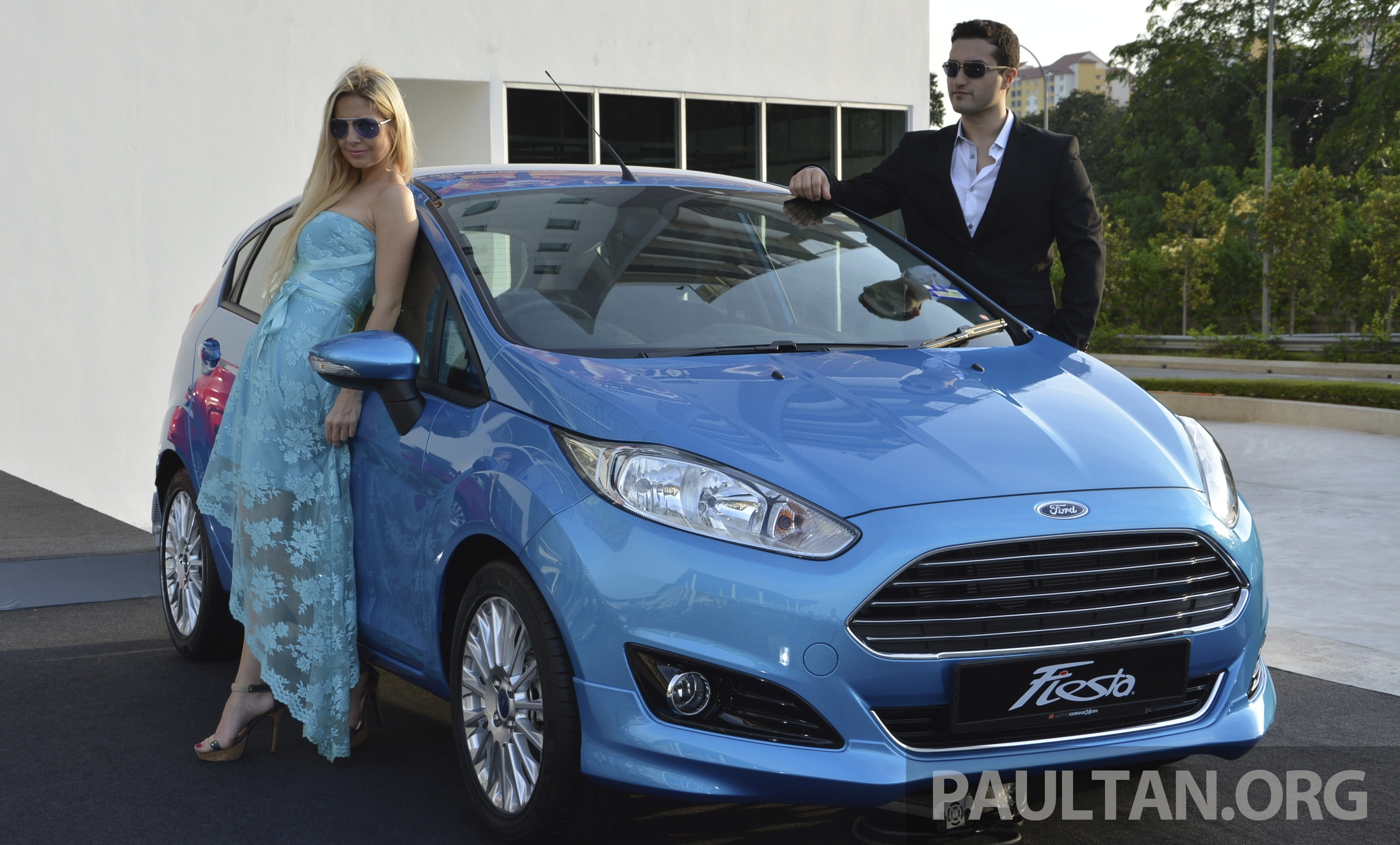 Ford Fiesta 1.5 2013 photo - 6