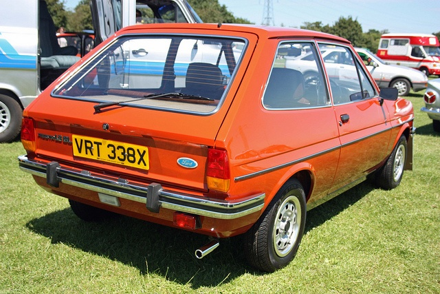 Ford Fiesta 1.6 1982 photo - 10