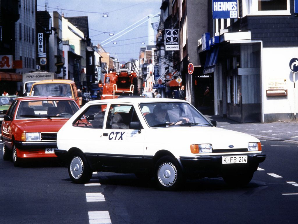 Ford Fiesta 1.6 1985 photo - 10