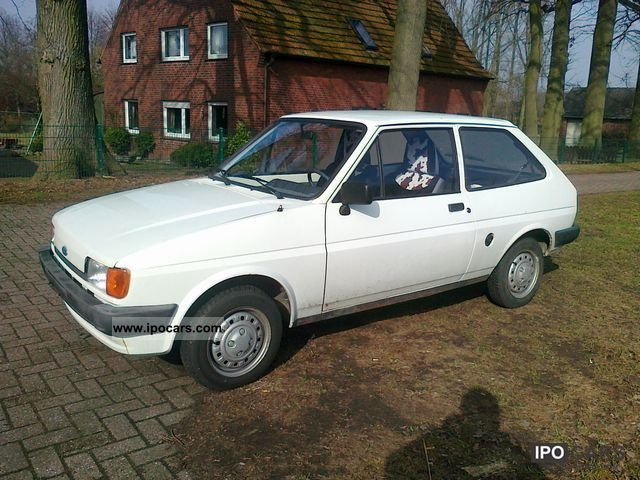 Ford Fiesta 1.6 1985 photo - 3