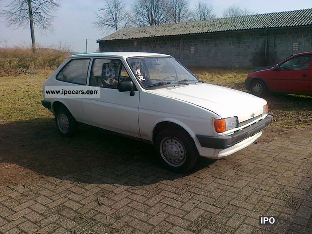 Ford Fiesta 1.6 1985 photo - 4