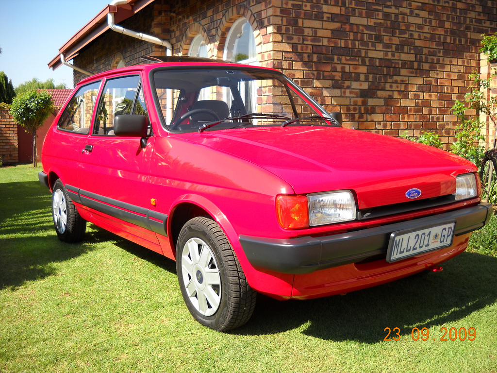 Ford Fiesta 1.6 1986 photo - 4