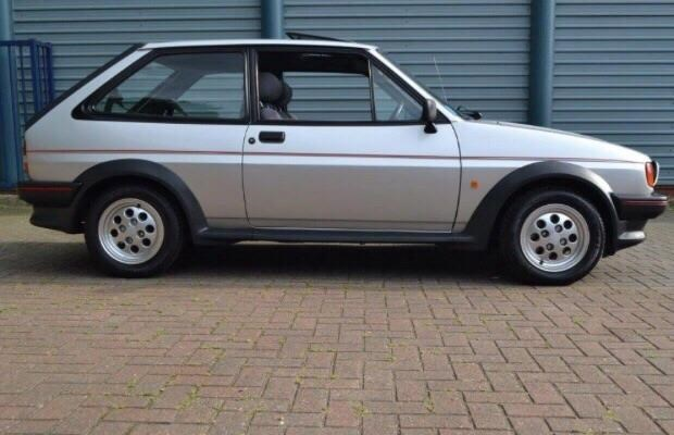 Ford Fiesta 1.6 1987 photo - 12
