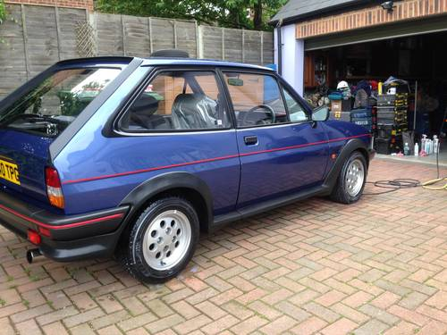 Ford Fiesta 1.6 1988 photo - 8