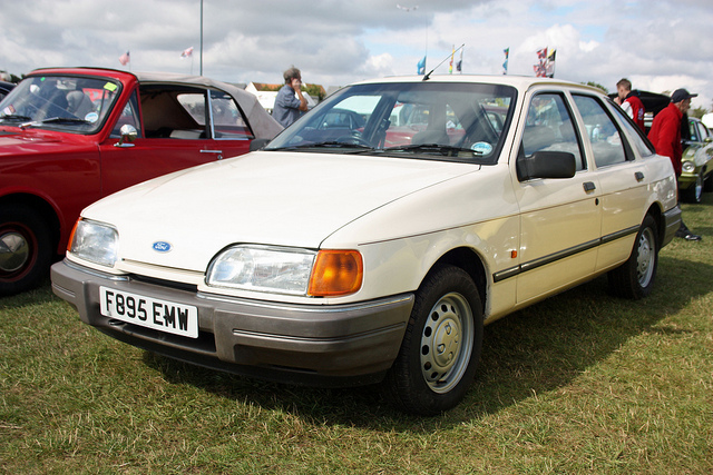 Ford Fiesta 1.6 1988 photo - 9