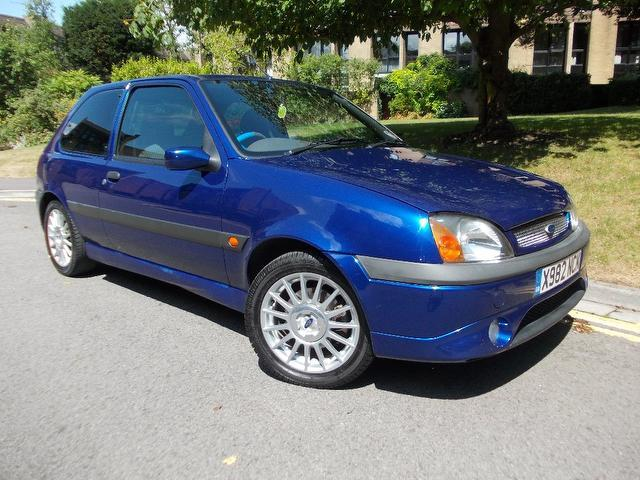 Ford Fiesta 1.6 2000 photo - 2