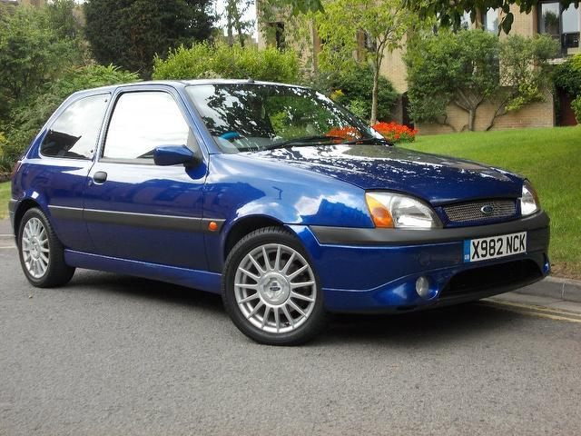 Ford Fiesta 1.6 2000 photo - 5