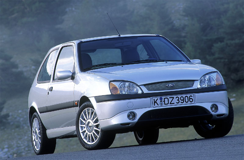 Ford Fiesta 1.6 2000 photo - 7