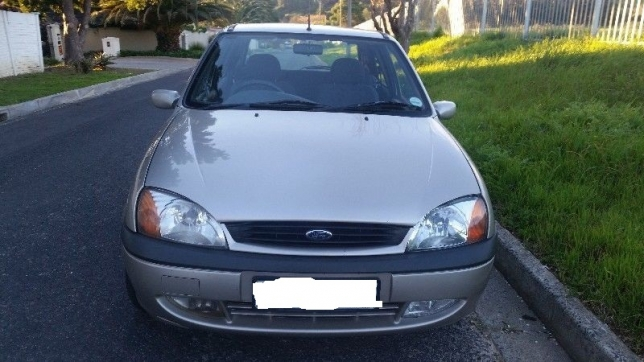 Ford Fiesta 1.6 2000 photo - 9
