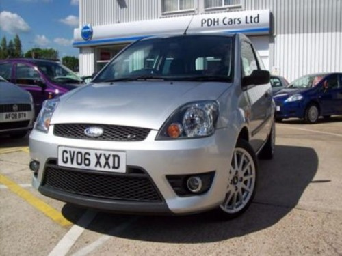 Ford Fiesta 1.6 2006 photo - 5