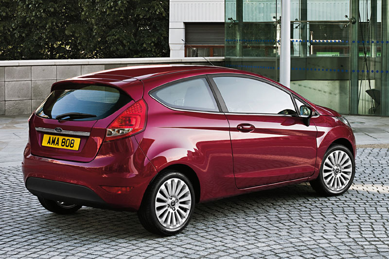 Ford Fiesta 1.6 2012 photo - 6