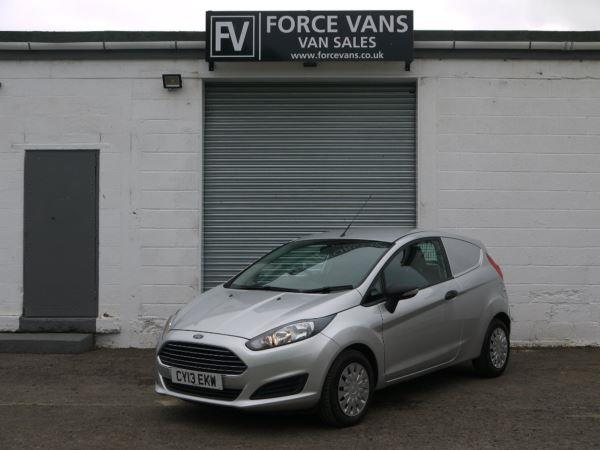 Ford Fiesta 1.6TDCi 2013 photo - 2