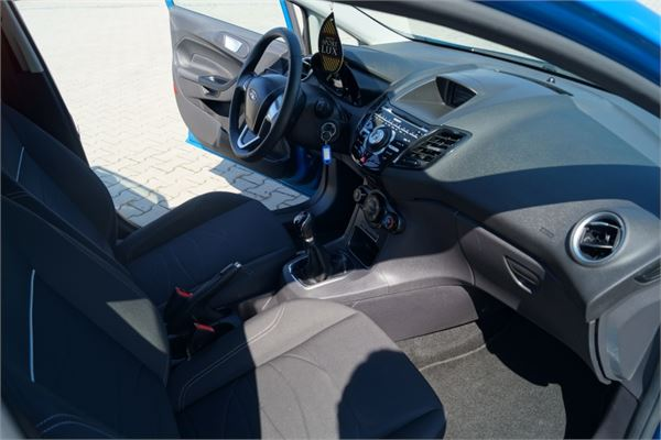 Ford Fiesta 1.6TDCi 2013 photo - 8