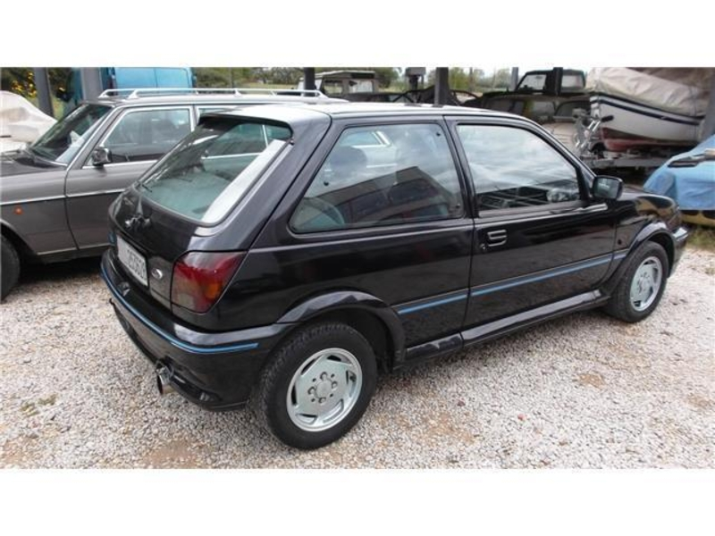Ford Fiesta 1.6i 1991 photo - 3