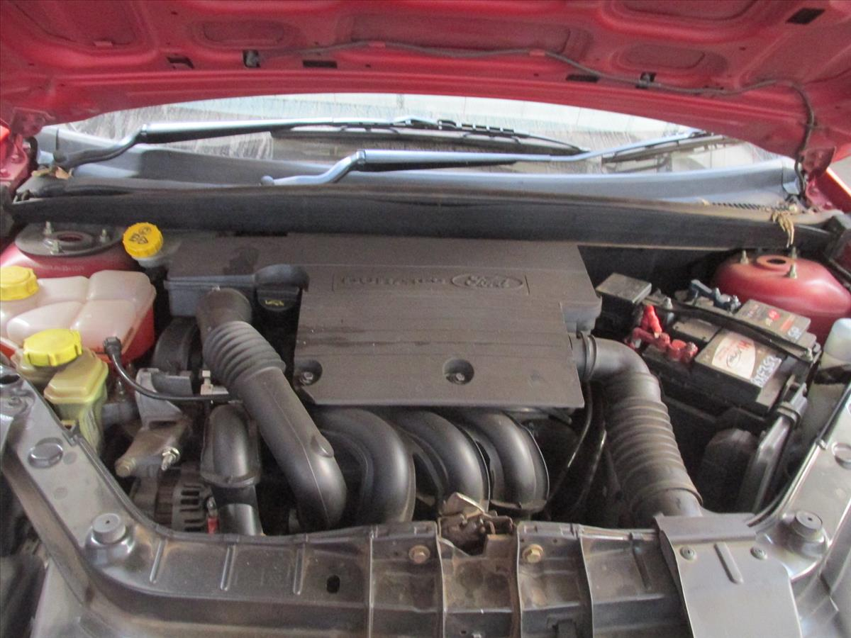 Ford Fiesta 1.6i 1993 photo - 4