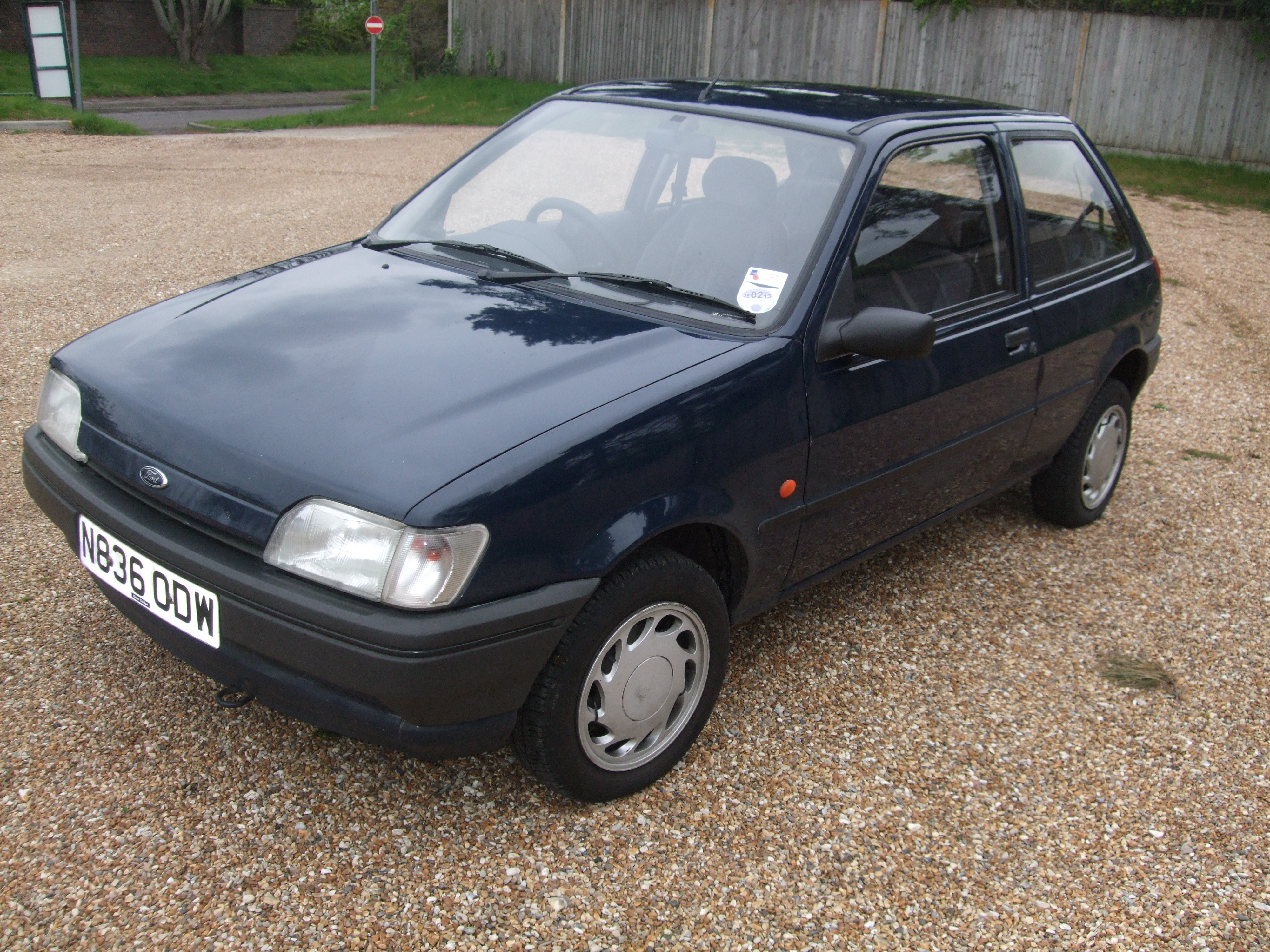 Ford Fiesta 1.8 1995 photo - 2