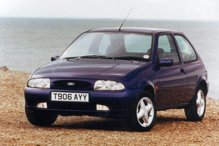Ford Fiesta 1.8 1995 photo - 6
