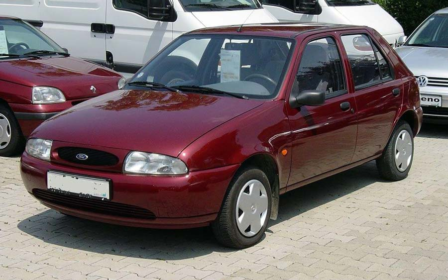 Ford Fiesta 1.8 1995 photo - 8