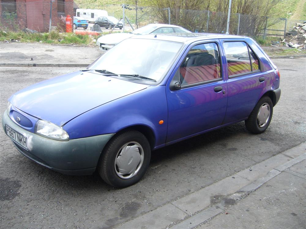 Ford Fiesta 1.8 1996 photo - 11