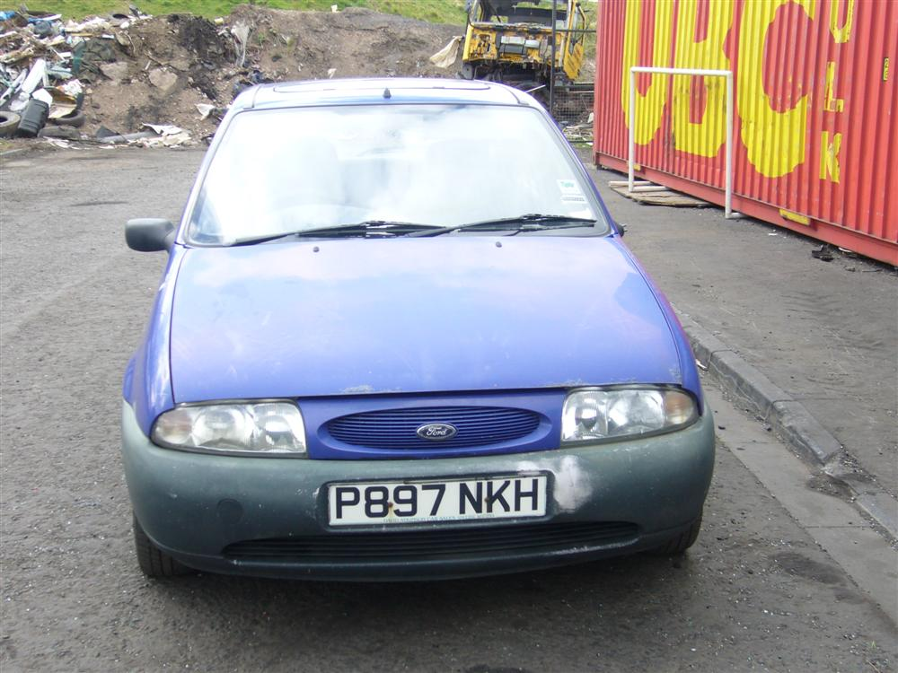 Ford Fiesta 1.8 1996 photo - 3
