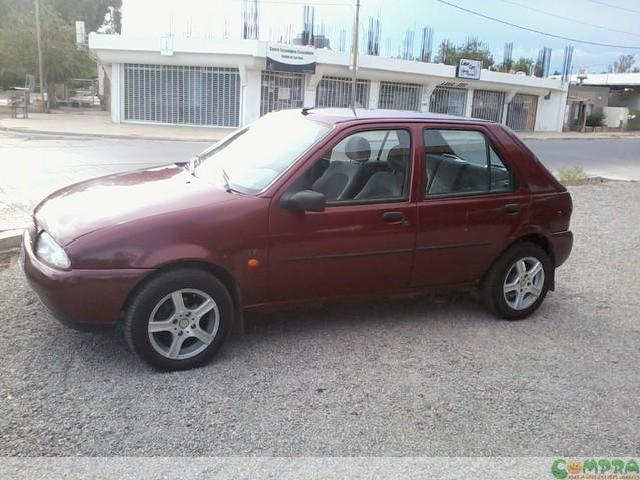 Ford Fiesta 1.8 1998 photo - 1