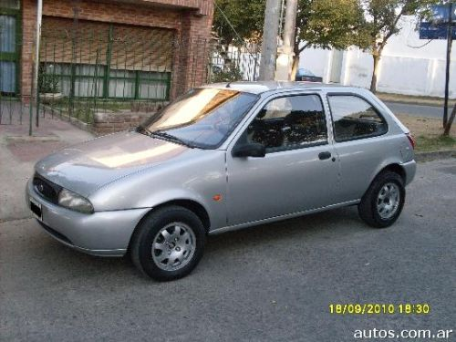 Ford Fiesta 1.8 1998 photo - 8