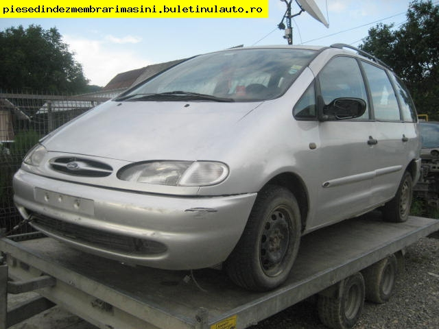 Ford Fiesta 1.8i 1995 photo - 10