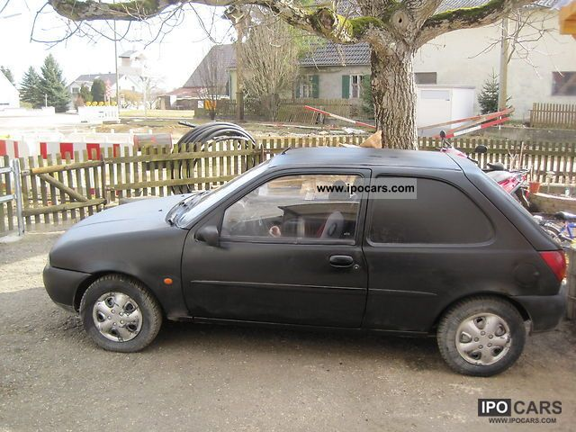 Ford Fiesta 1.8i 1995 photo - 2