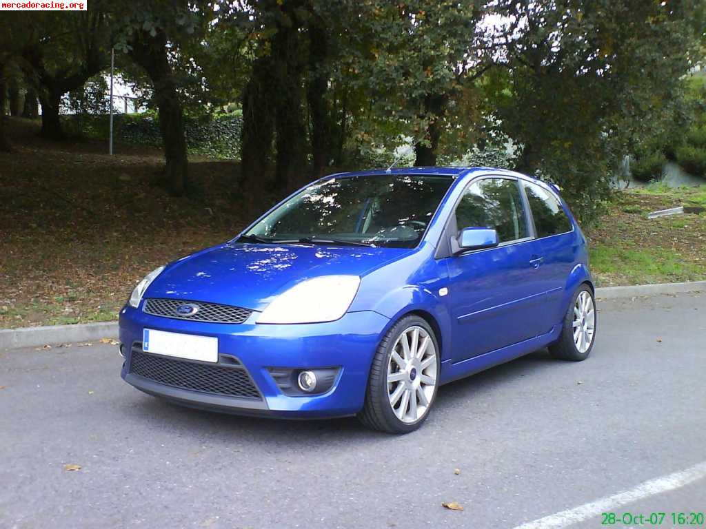 Ford Fiesta 2.0 2005 photo - 4
