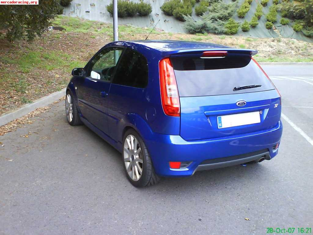 Ford Fiesta 2.0 2005 photo - 7