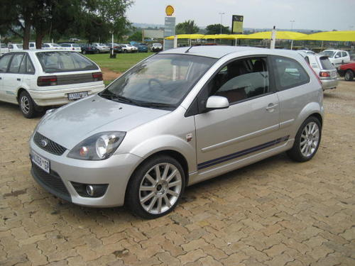 Ford Fiesta 2.0 2007 photo - 8