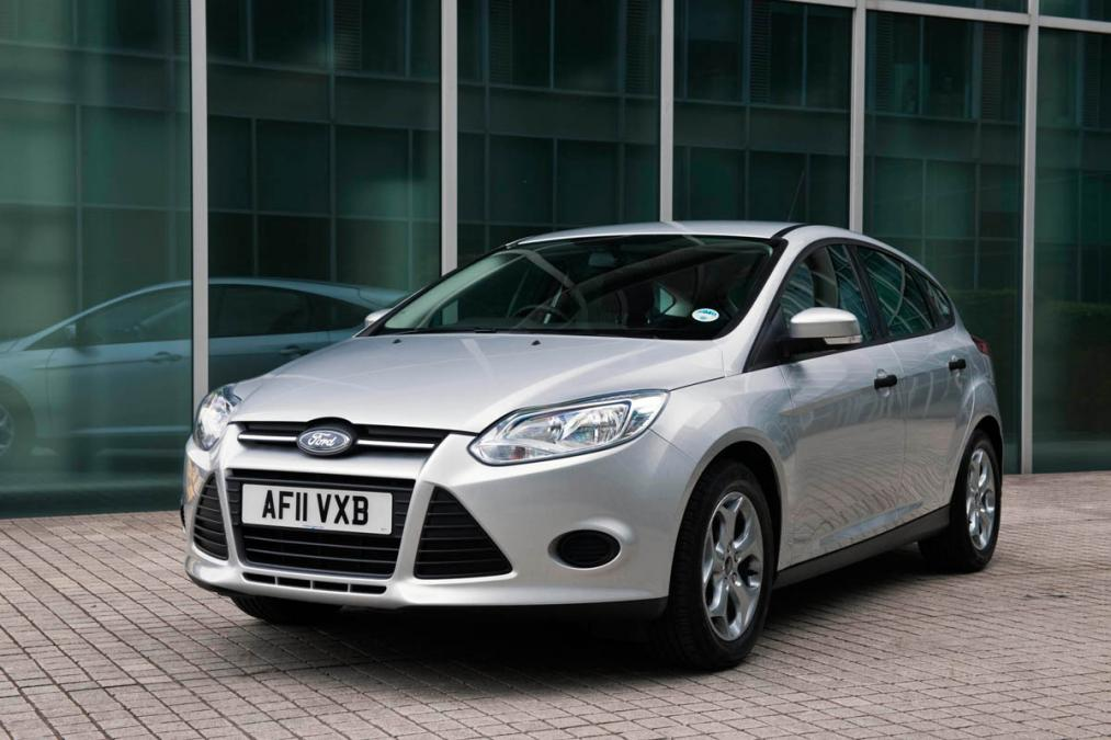 Ford Focus 1.0 2012 photo - 11