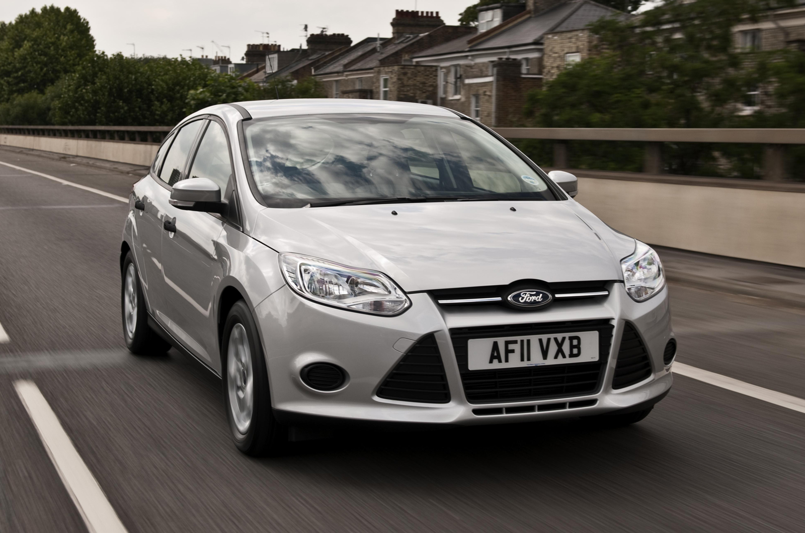 Ford Focus 1.0 2012 photo - 8