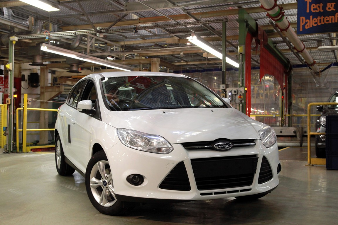 Ford Focus 1.0 2013 photo - 2